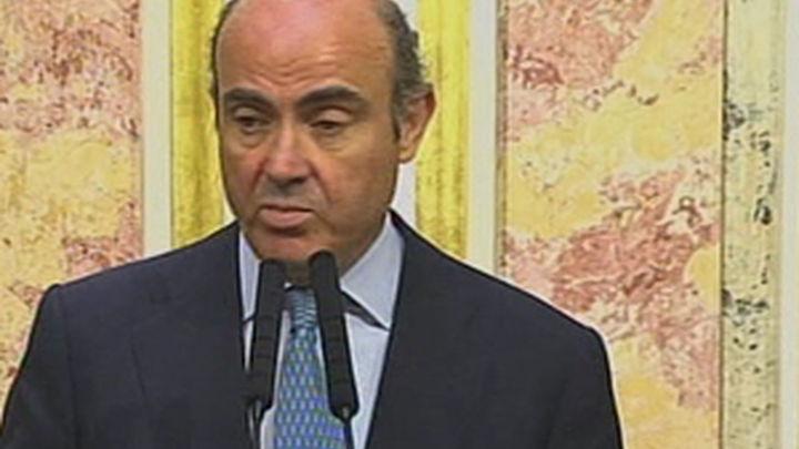 """De Guindos: el BCE no ha frenado """"ningún plan"""" de rescate de Bankia"""
