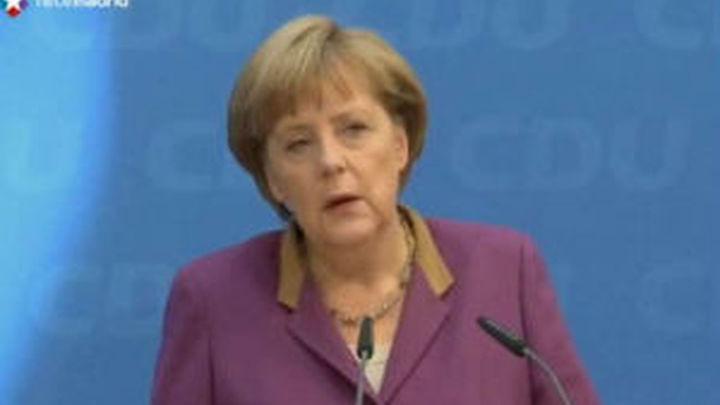 """Merkel justifica las ayudas a España por comportamientos """"irresponsables"""""""