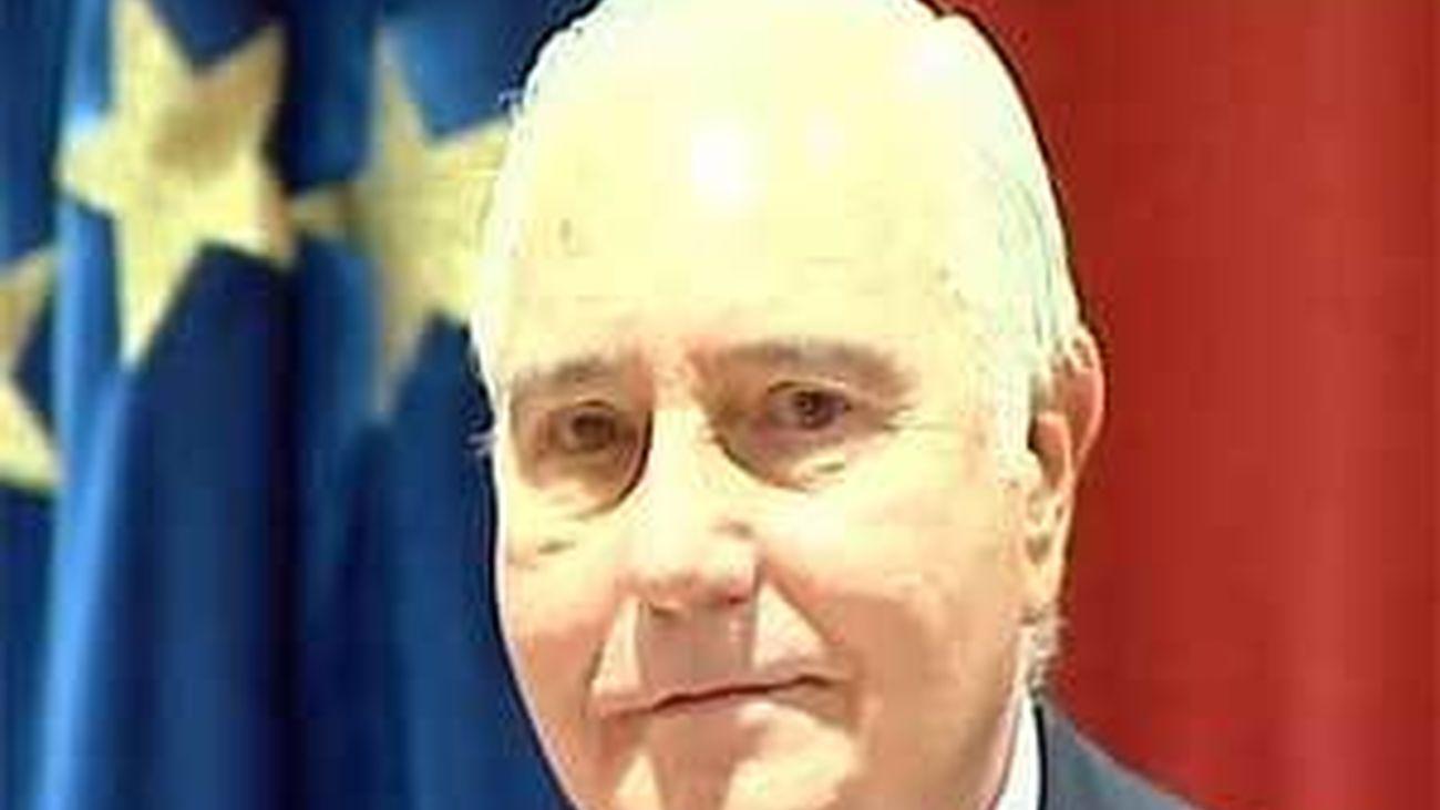 """Dívar admite que la situación es """"insostenible"""" y sugiere que dimitirá el jueves"""