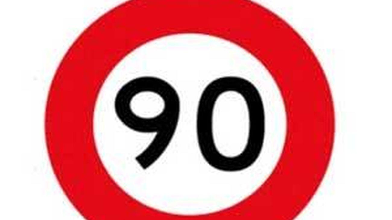 El Gobierno prevé disminuir la velocidad en las carreteras secundarias de 100 km/h a 90