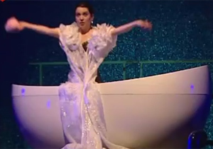 'The Soap Show', el espectáculo que utiliza la bañera como escenario