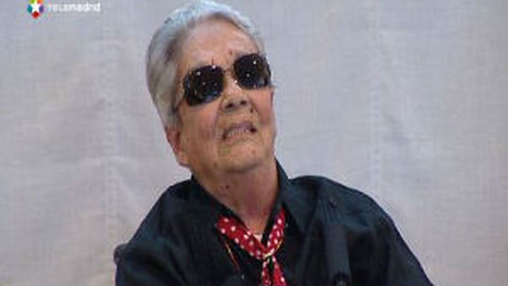 Chavela Vargas rinde homenaje a Lorca con un disco en el que canta sus poemas