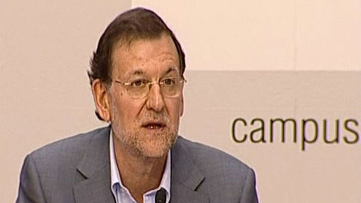 Rajoy confirma más ajustes inminentes y urge a la UE a cumplir sus acuerdos