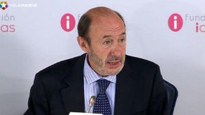 Rubalcaba prevé que el decreto de recortes destruirá 200.000 empleos