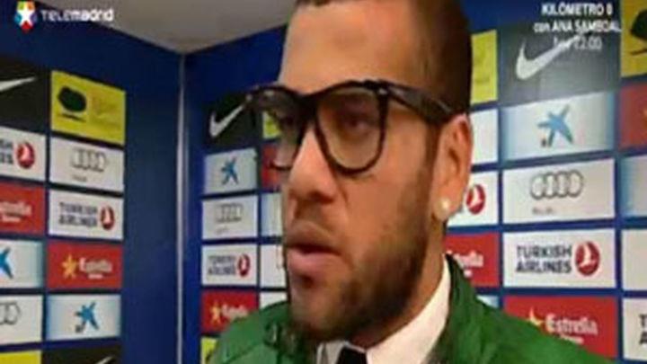 Dani Alves, el primer gran problema de Tito en el Barcelona