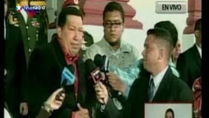 "Chávez insta a Repsol a llegar a un acuerdo ""amistoso"" con Argentina"