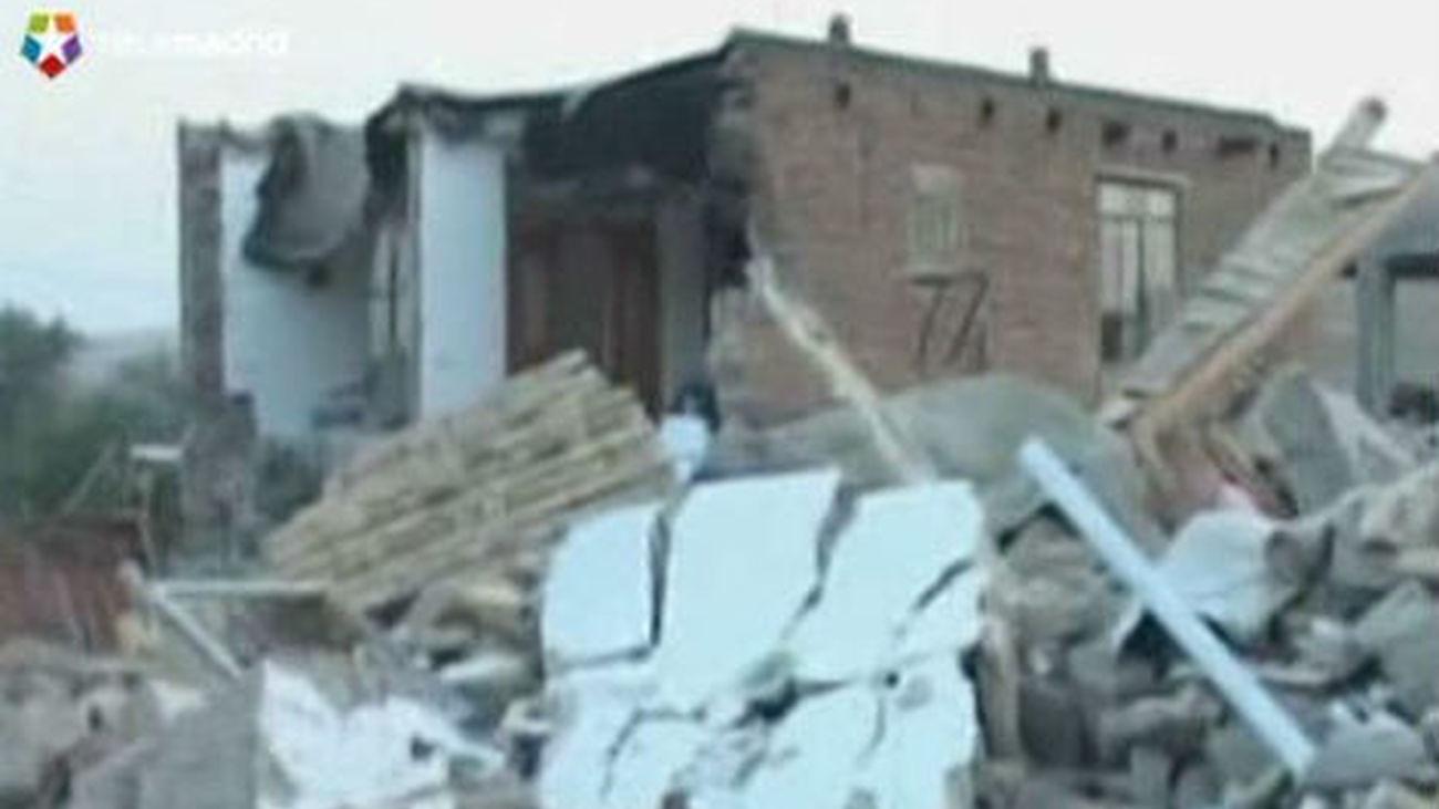 Irán confirma 306 muertos y 3.037 heridos en terremotos en el noroeste