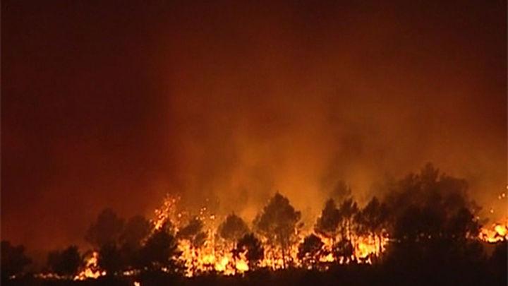 Una plataforma popular pide responsabilidades por el incendio de La Gomera