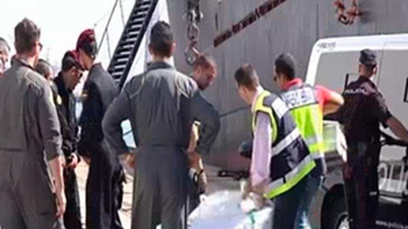 Duro golpe al narcotráfico: Detenido un carguero con 3000 kilos de cocaína