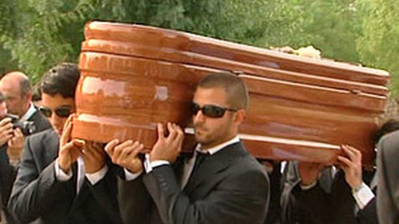Amparo Cuevas ha recibido 'cristiana sepultura' en Prado Nuevo