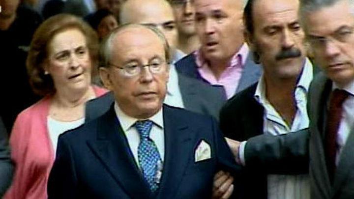 La Policía detiene a Ruiz-Mateos para garantizar que comparezca ante la juez