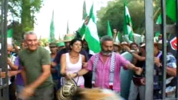 Unos 300 sindicalistas andaluces liderados por Gordillo abandonan el Palacio de Moratalla