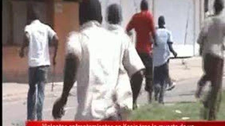 Un policía muerto y 13 más heridos en violentas protestas en sureste de Kenia