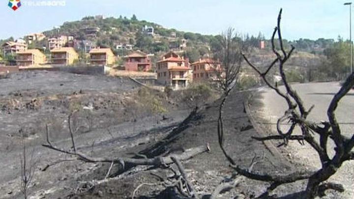 Estabilizados todos los focos del incendio de Robledo y Valdemaqueda