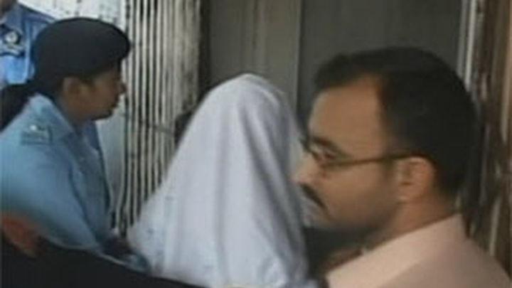 El tribunal paquistaní amplía catorce días la prisión para la niña cristiana