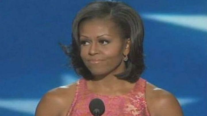"""Michelle Obama urge a decir """"basta"""" a Trump por """"intolerable"""" trato a mujeres"""