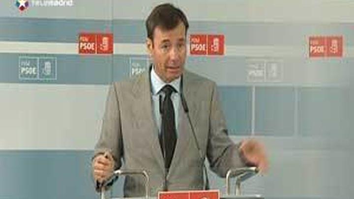 """Tomás Gómez insiste en que Aguirre debe desvelar los términos """"secretos"""" del pacto"""