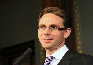 Katainen considera injustos los intereses que paga España para financiarse