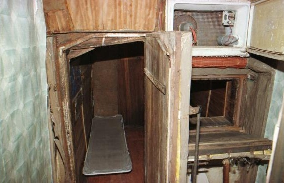 El zulo donde estuvo secuestrado José Antonio Ortega Lara