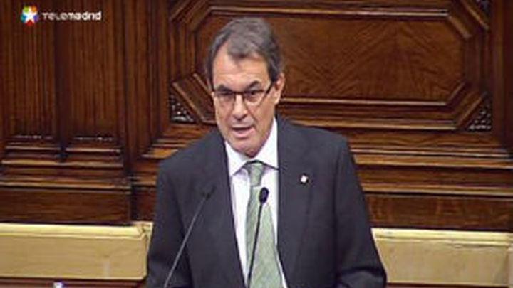 Los expertos ven ilegal y sin validez jurídica la consulta que pide Artur Mas