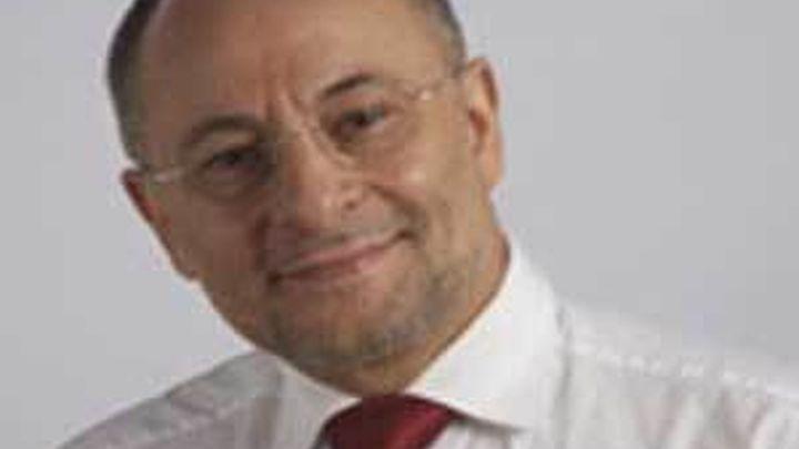 El alcalde de Orense  presenta su dimisión tras la operación Pokemon