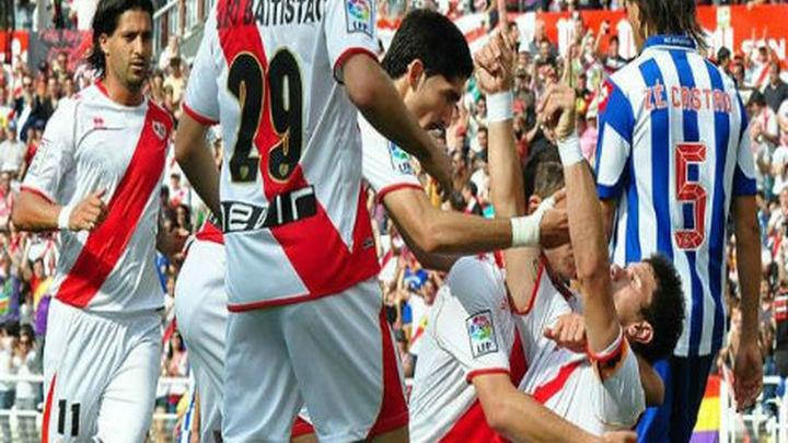 2-1: El Rayo Vallecano toma aire ante un Deportivo que se desploma