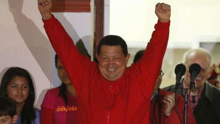 Hugo Chávez gana las elecciones y gobernará Venezuela hasta el 2019