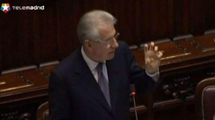 Monti baja por sorpresa los impuestos a las rentas bajas y limita la subida del IVA