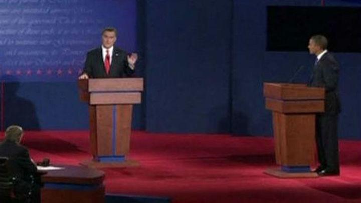 Obama y Romney están casi empatados cuando se enfrentan en el segundo debate