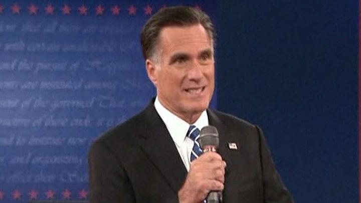 """Romney avisa al Partido Republicano de que Trump es un """"fraude"""""""