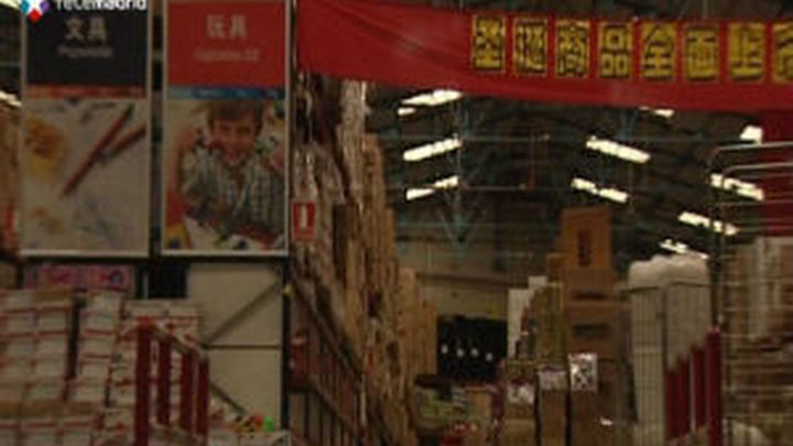 Los bazares chinos se quedan sin mercancía tras la Operación Emperador