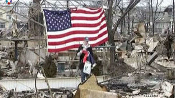 """Aumenta a 76 la cifra de muertos en EEUU por el huracán """"Sandy"""""""