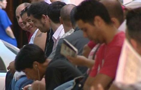 El paro rompe la tendencia a la baja de los últimos seis meses  y sube en 8.070 personas en agosto