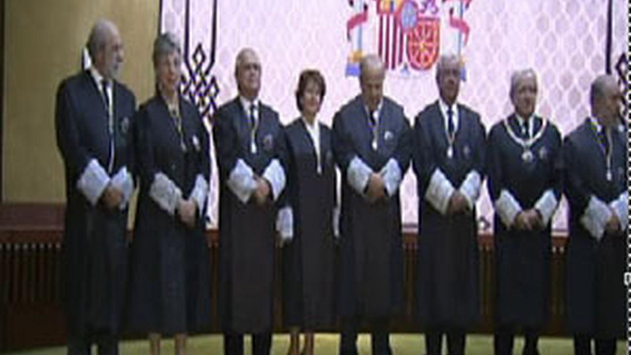Miembros del Constitucional