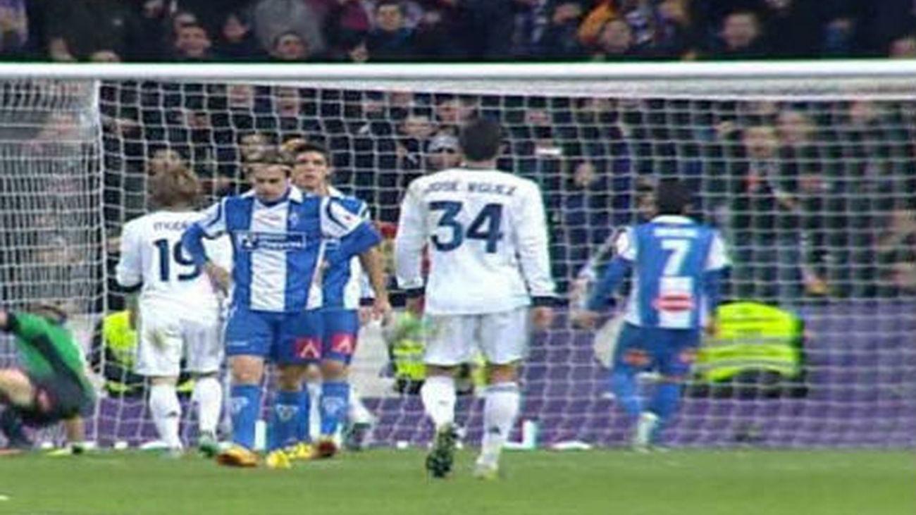 El Madrid le mete tres goles al Alcoyano y la grada a favor y en contra de Mourinho