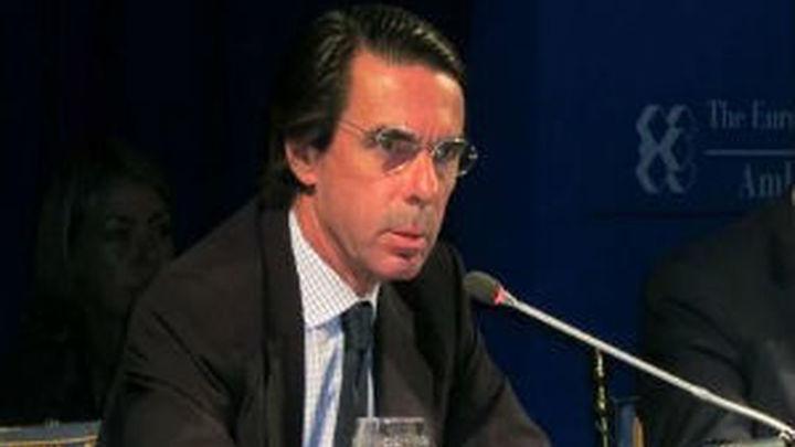 """Aznar defiende """"pocos y bajos impuestos"""" como """"motor del crecimiento"""""""