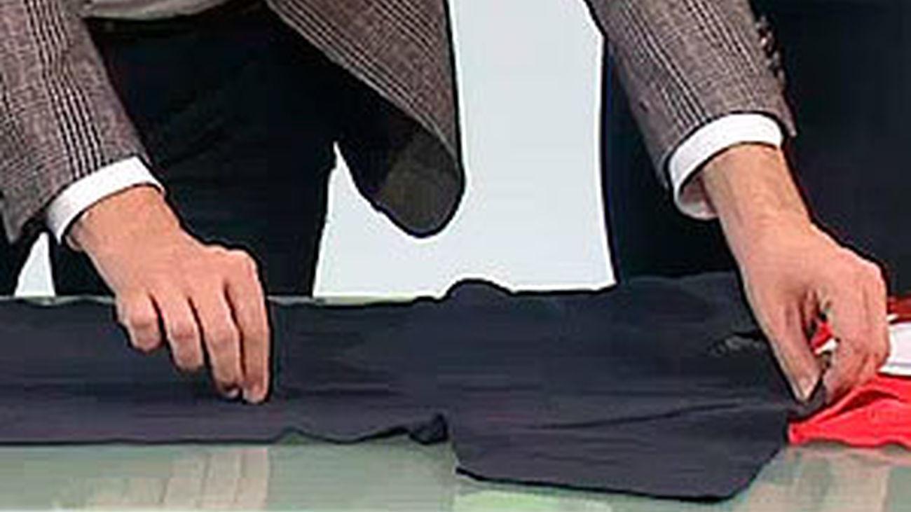 El método definitivo para doblar camisetas en un segundo