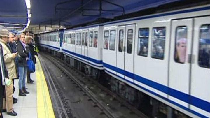 Madrid sufre la primera jornada de los 12 días de paros parciales en Metro