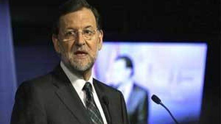 Rajoy respalda a Wert y asegura que su reforma no va contra lengua alguna