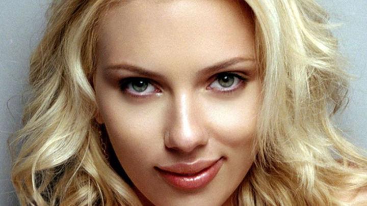 """El """"Hacker"""" que robó fotos de Scarlett Johansson condenado a 10 años de cárcel"""