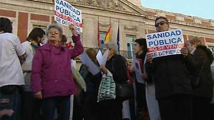Sanidad cifra el seguimiento de la huelga en un 12,80% y Afem lo eleva a un 67%