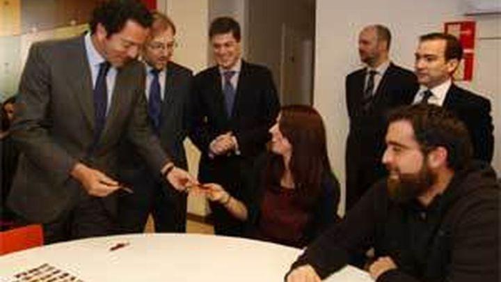 """Cavero celebra el """"éxito"""" del Plan  Alquila al alcanzar los 50.000 contratos"""