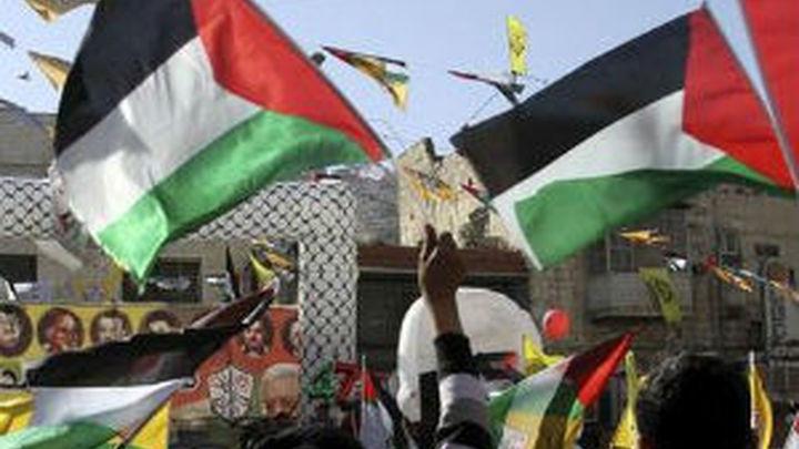 Cientos de miles de palestinos celebran el 48 aniversario de Fatah en Gaza