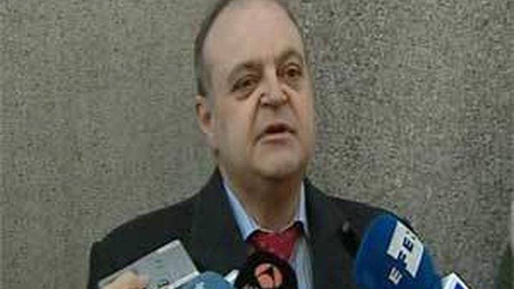Querella contra Rajoy, 4 ministros y 58 diputados por cobrar dietas en Madrid