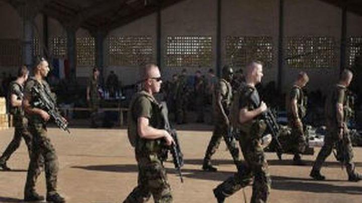 Aviones franceses bombardean posiciones insurgentes en el norte de Mali