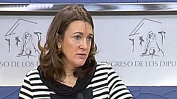 """Soraya Rodríguez: Los contratos """"a gente afín"""" son legales y morales"""