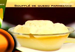 Suflé de queso parmesano