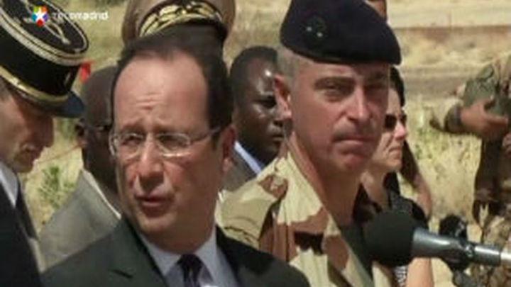 """Hollande: """"El terrorismo ha sido repelido, expulsado, pero no vencido"""""""