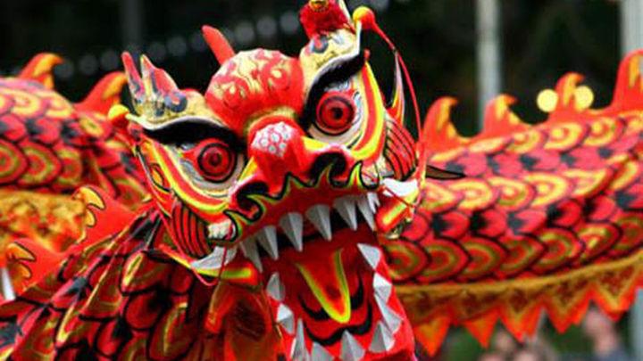 """La comunidad china no celebrará su desfile de Año Nuevo  por la crisis y la """"persecución social"""""""
