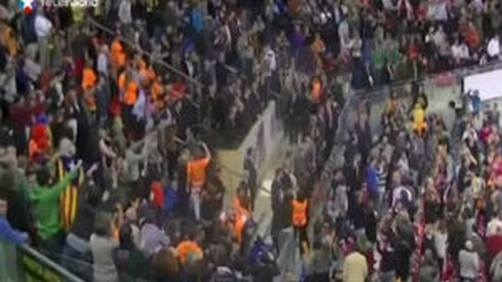 El Rey y el himno reciben una intensa pitada en la final de Copa en Vitoria